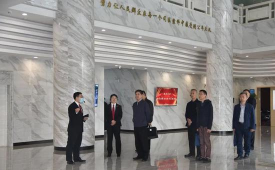 相聚大连共话发展 携手前行共创未来——南京海事法院李院长一