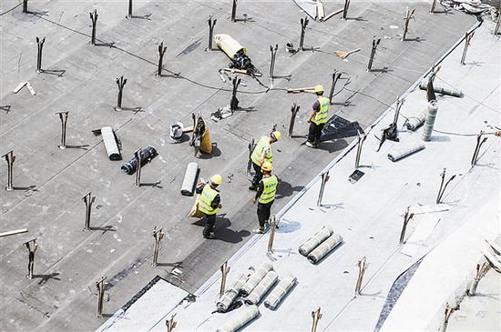 正在建设的大连北站综合交通枢纽。大连新闻传媒集团记者王华 摄