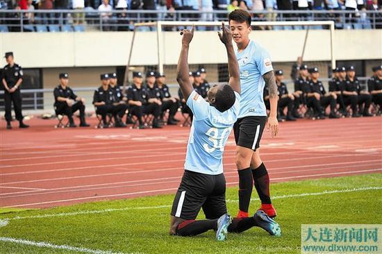 穆谢奎是上赛季大连一方队内头号得分手。本报记者叶明睿 摄