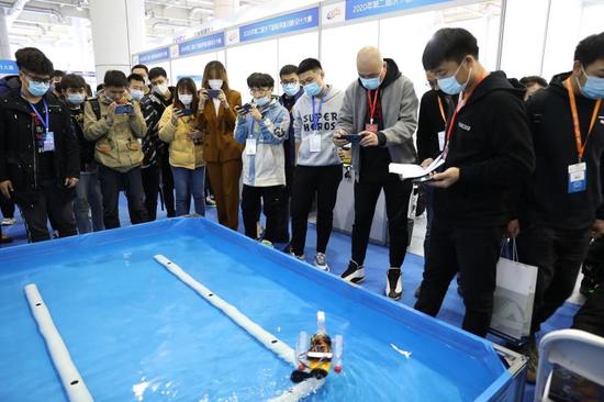 2020年第二届水下智能装备创新设计大赛在大连世界博览广场成功举办