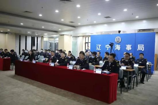 大连海事法院应邀参加辽宁海事局模拟法庭普法教育活动