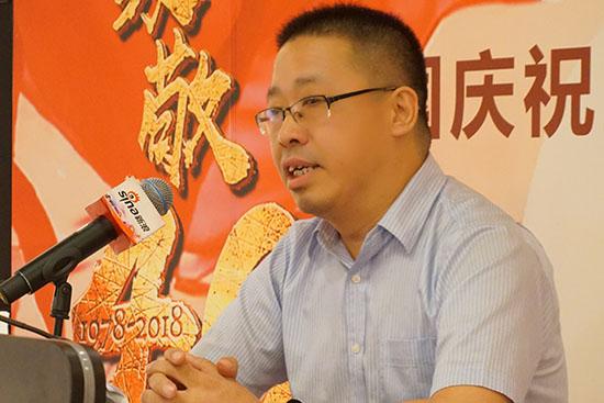 天津开发区管委会办公室副主任李伟华