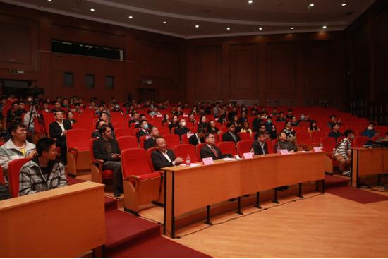 大连工业大学举行与英国格林多大学合作办学首批机械电子工程专业新生开学典礼