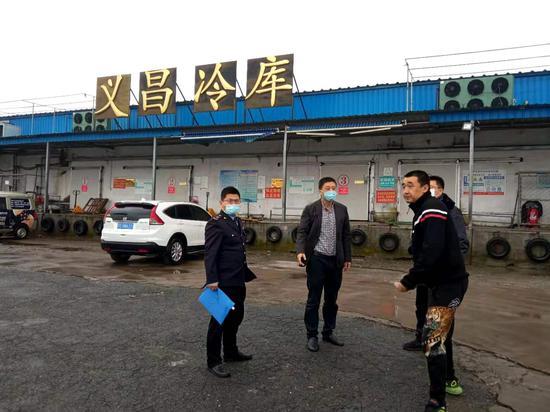 辛寨子街道领导带队检查冷链食品企业疫情防控及安全生产工作
