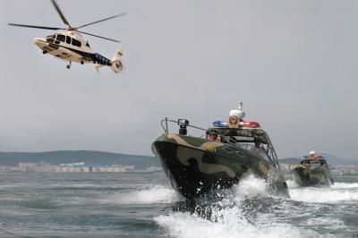 警用直升机、巡逻艇参与达沃斯海空安保。