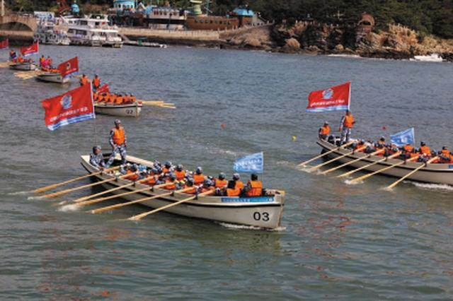 142名海军官兵横渡渤海海峡