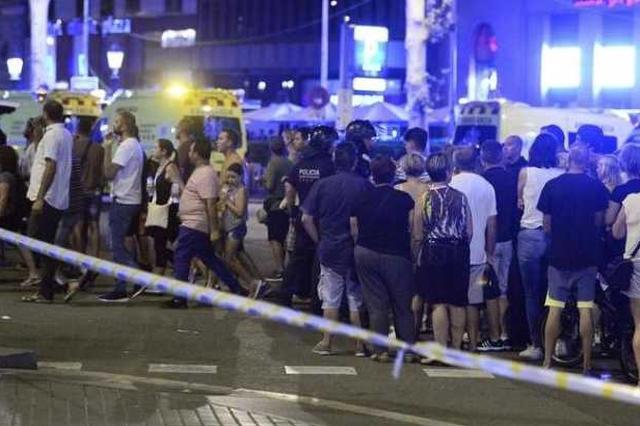巴塞罗那恐袭致严重伤亡 欧盟英美俄等各方纷纷谴责