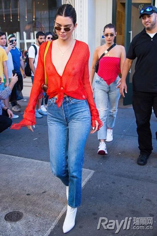 肯豆街拍-宋茜和肯豆都爱显腿长的高腰仔裤图片