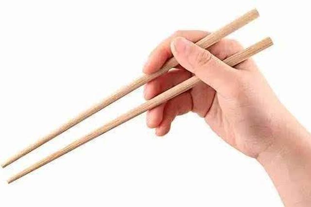 老妇突然便鲜血原是筷子惹的祸