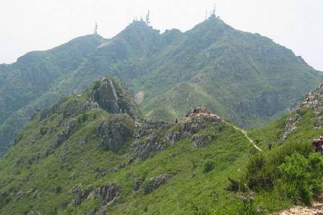 市民刚办完登山年卡 大黑山宣布免票