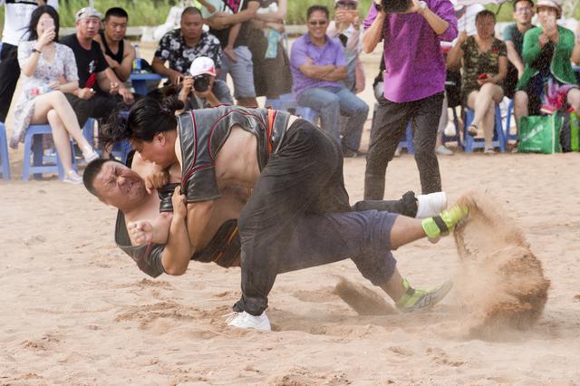 金石滩将举办第十五届国际沙滩文化节