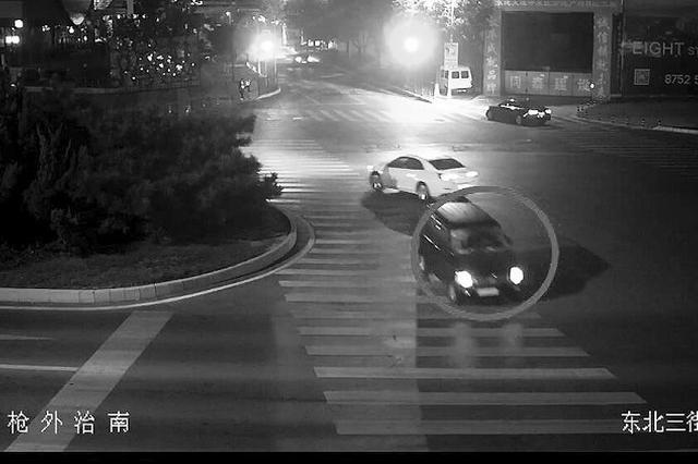 凌晨路边等车被撞昏迷 肇事司机逃逸