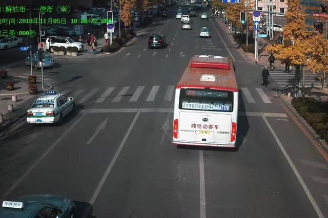 大连400套升级电子警察全面抓拍交通违法行为