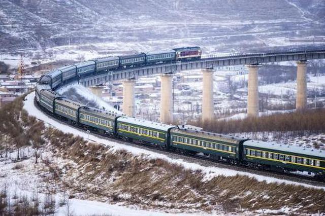 大连火车站新增多趟列车