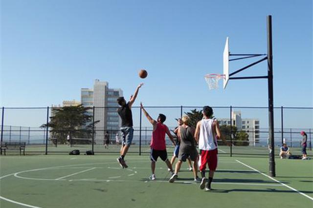 大连俩篮球男孩入选国家少年队