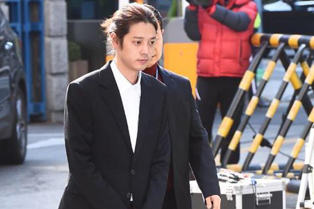 郑俊英再被首尔地方警察厅传唤 暂已回家