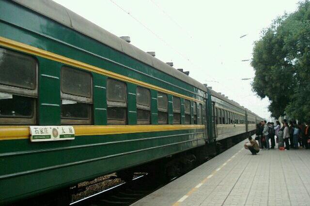 从4月10日起大连北站列车增多