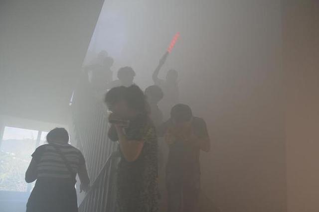 中信银行大连分行组织火场疏散逃生演练