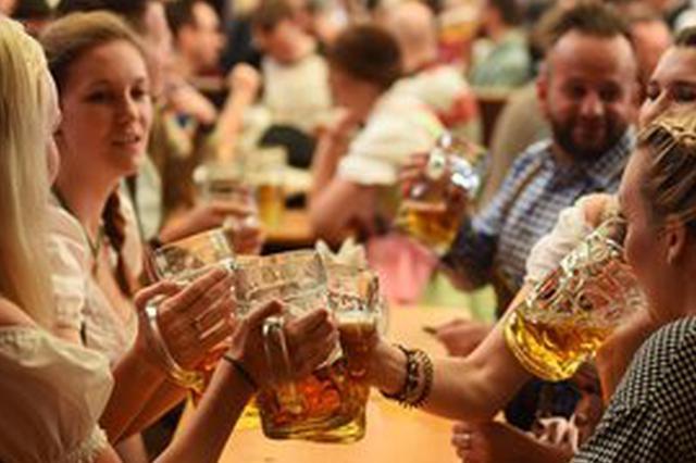 大连警方发布啤酒节安全注意事项