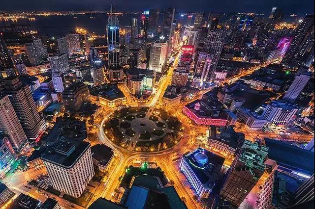 中国(大连)服博会商业联动 狂欢模式打造不夜之城