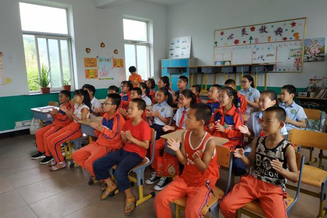 VIPKID公益课堂首次走进大连乡村学校