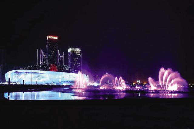 今年大连东港灯光音乐喷泉常态化表演落幕