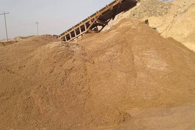 大连海陆结合严厉打击非法采挖海砂