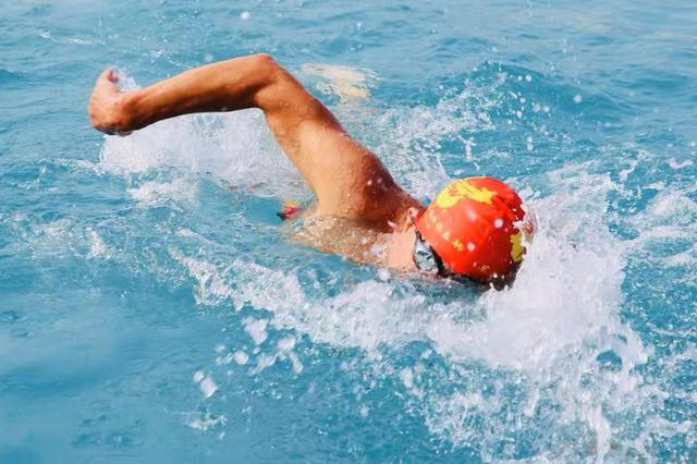 第26届全国冬泳锦标赛暨第18届中国大连国际冬泳节在金石滩黄