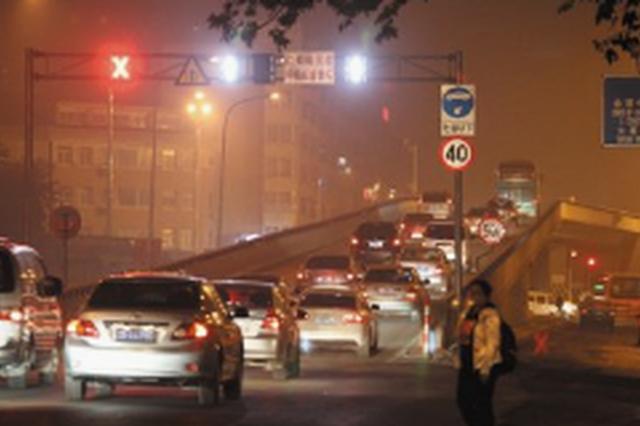 五一路解放广场立交桥新建防撞墙 设置声屏障