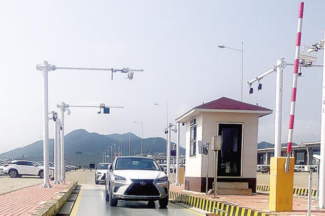 大连港在全国首次实现商品车VIN码放行