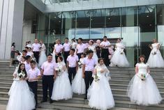直播:嘉年华中俄国际集体婚礼