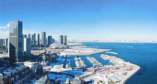 俯瞰东港商务区。大连新闻传媒集团记者王华 摄