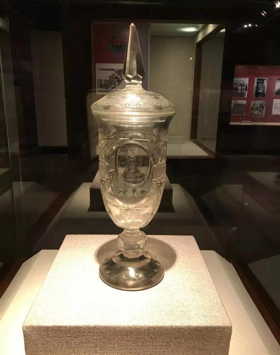 中苏友谊纪念玻璃杯(1955年)