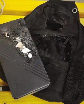 背包被烧出了大洞