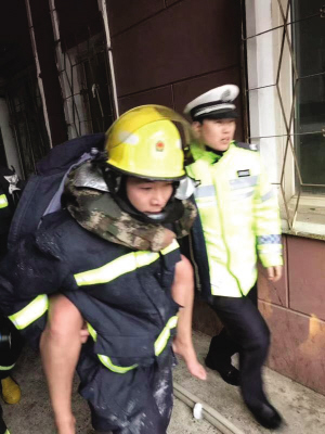 被困威廉希尔中文网被解救出来了。