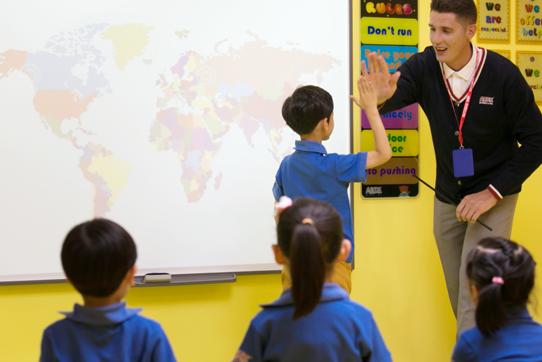 爱贝国际少儿英语 在课堂中提高孩子的综合素质