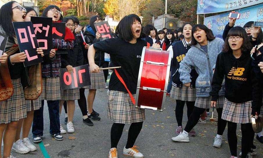 韩国高考因地震延期 考生吐槽:还要再受一周煎熬
