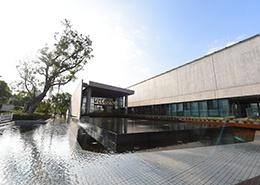 教学楼入口(上海赫德)