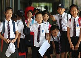 开学日的学生们(上海赫德)