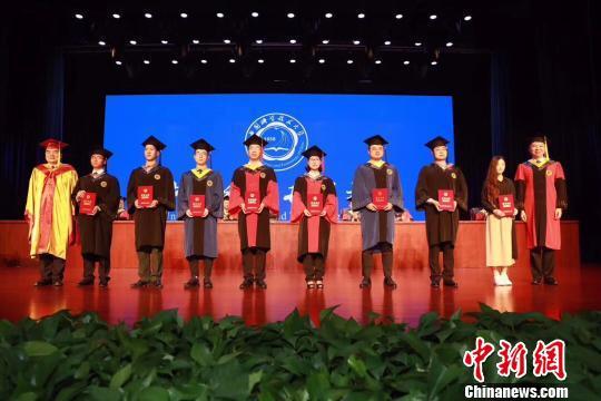 吕松今年还获得了郭永怀奖学金。(受访者供图)