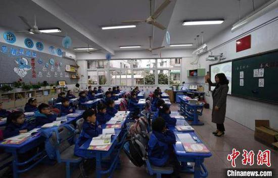 浙江:学生上课时可以不戴口罩