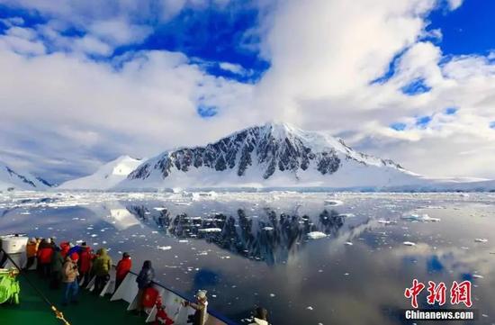 南极风光 来源:中新网