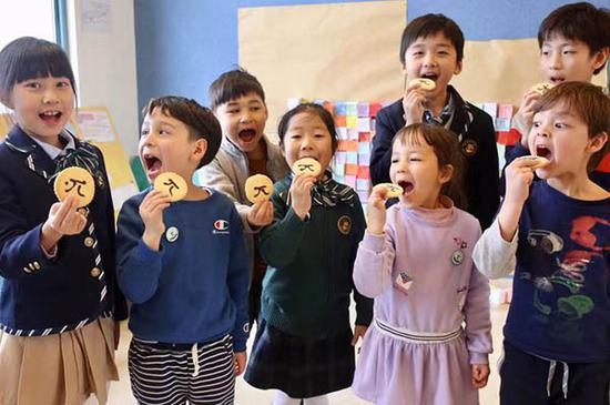 2019年3月14日,宋庆龄学校举行数学节。本文图片均为 董俊 摄