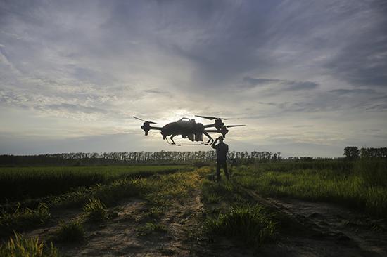无人机驾驶员。视觉中国 资料