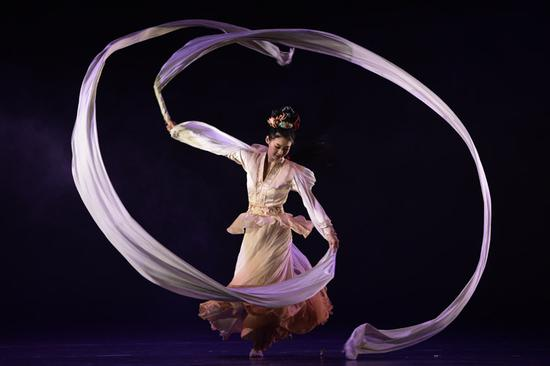 中国古典舞剧《宝莲灯》中的三圣母。