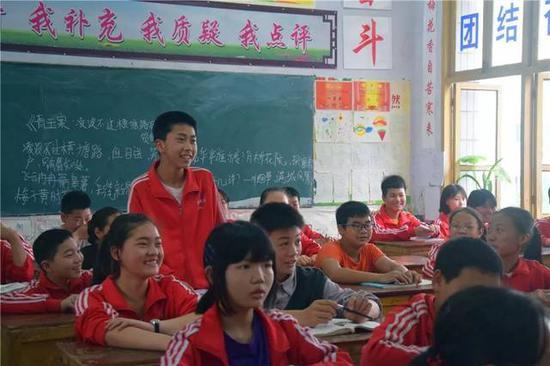 同学就留学方面对老师们进行提问