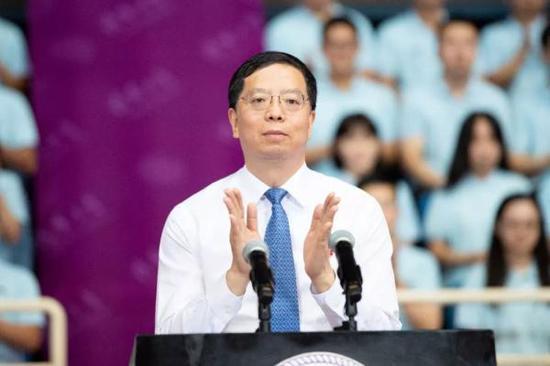 清华大学校长邱勇