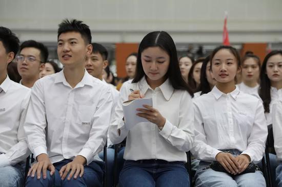 中国传媒大学校长:你必须知道自己有多优秀