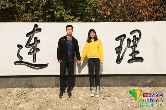 圖為盛達(左)和劉樾。中國青年網通訊員 王翹楚 攝