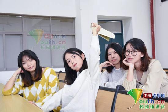 图为寝室4女生。中国青年网通讯员 刘钰洁 摄